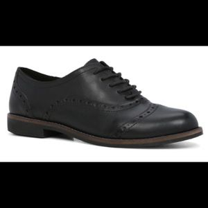 Aldo black leather brogues with rubber sole
